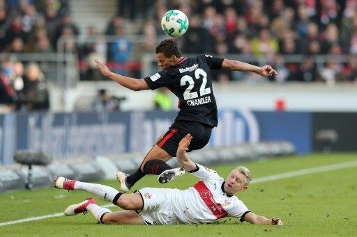 Andreas Beck (unten) fehlt dem VfB bis zum Saisonende