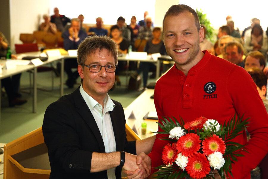 Eisschnellläufer Nico Ihle ist am Montagabend im Lichtensteiner Stadtrat begeistert empfangen worden.