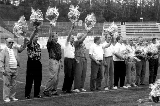 Zum 30. Jahrestages des Pokalsieges wurde die Mannschaft 1993 im Westsachsenstadion begrüßt.