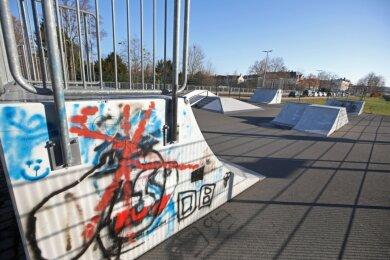 Die bei den jungen Leute beliebte Skateranlage wird ab kommendem Frühjahr erweitert. Die Stadträte haben grünes Licht für das geförderte Bauvorhaben gegeben.