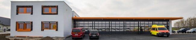 Am 1. Juli 2019 wurde die Rettungswache in Thalheim durch das Deutsche Rote Kreuz Stollberg in Betrieb genommen - der Baustart war im Oktober 2017. Kosten: 2,3 Millionen Euro.