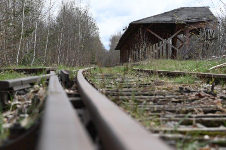 Altes Limbacher Bahnhofsgelände: Statt Tristesse bald bunte Blumen
