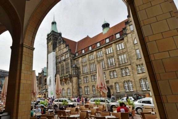 Stadtrat legt fest: Chemnitz wählt am 20. September neues Stadtoberhaupt