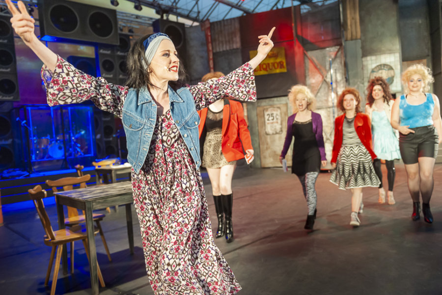 """Musical """"Rock of Ages"""" am Plauener Parktheater: Im Rockfieber"""