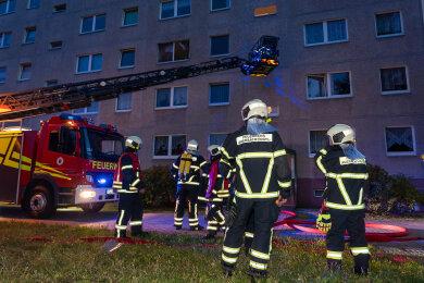 Die Feuerwehr wurde gegen 20.20 Uhr alarmiert.