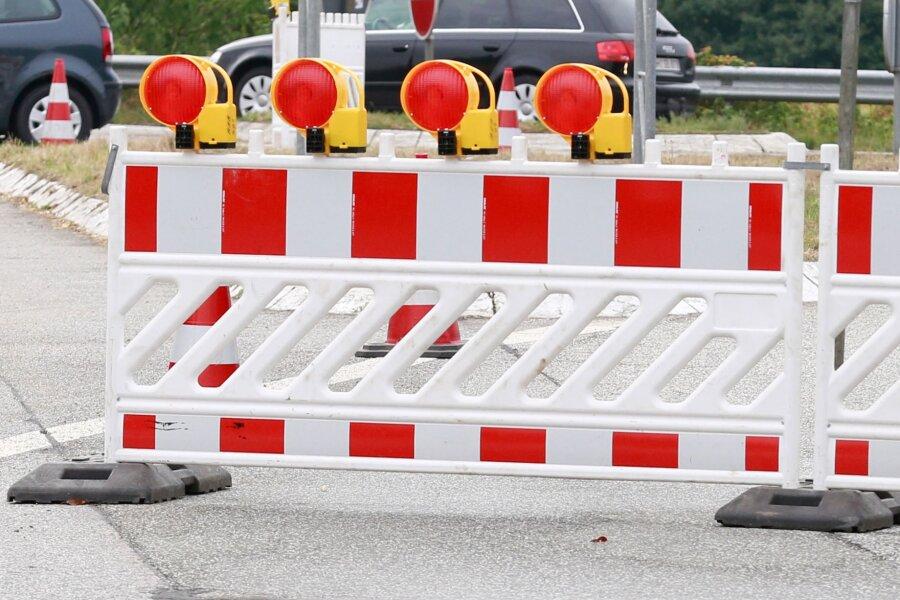 B 180 zwischen Erdmannsdorf und Kunnersdorf bleibt wegen Baumpflege gesperrt