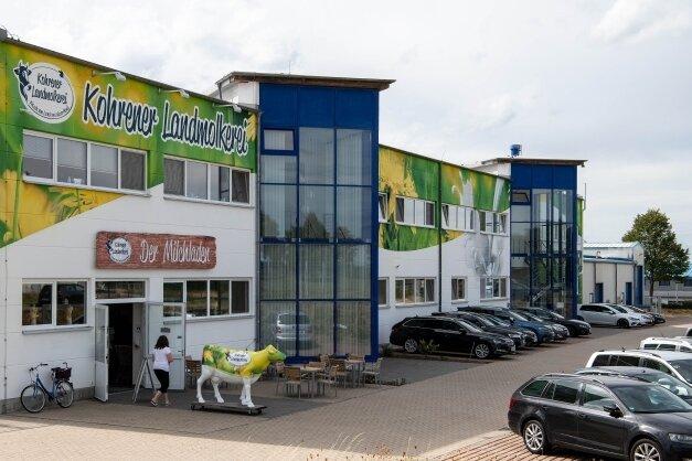 In der Kohrener Landmolkerei im Gewerbegebiet Penig-Tauscha wird an365 Tagen im Jahr im Drei-Schicht-System produziert. Das Unternehmen zählt aktuell 86 Mitarbeiter.