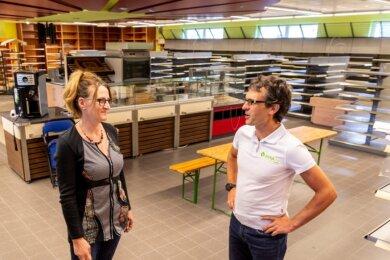 Heike Nestler und Sebastian Groß haben große Pläne. Im einstigen Frischemarkt sollen bald wieder Lebensmittel verkauft werden. Anfang 2019 musste der Markt schließen.