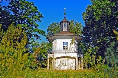Das Teehaus im Schlosspark - manch einer wünscht es sich als Teil eines gastronomsichen Angebotes, aber es bleibt ein grünes Klassenzimmer.