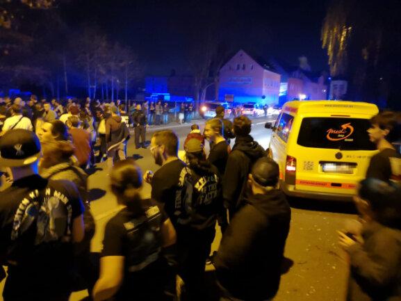 Feine Sahne Fischfilet in Chemnitz: Bombendrohung vor Konzert von Punkband