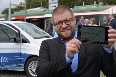 Er leitet das Smart-City-Projekt in Zwönitz: Martin Benedict. Die Software für den Anschlussverkehr per Elektrobus ist schon fertig.