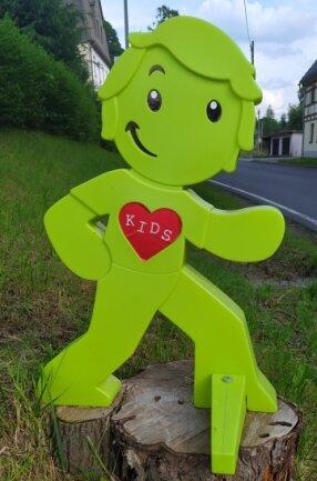 """Diese Figur weist den Weg zu den """"Bergzwergen""""."""