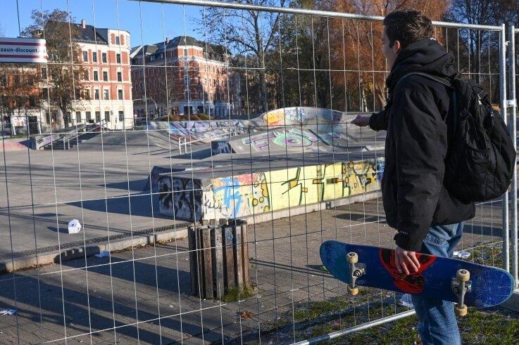 Ende Gelände im Konkordiapark: Zur Enttäuschung vieler Skateboarder wurde auch die Freizeitanlage unweit des Schloßteichs eingezäunt.