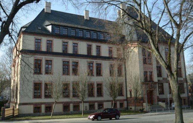 Der Standort Falkenstein des Beruflichen Schulzentrums (BSZ) soll trotz des Verlusts von Berufsfeldern bis mindestens 2030 erhalten bleiben.