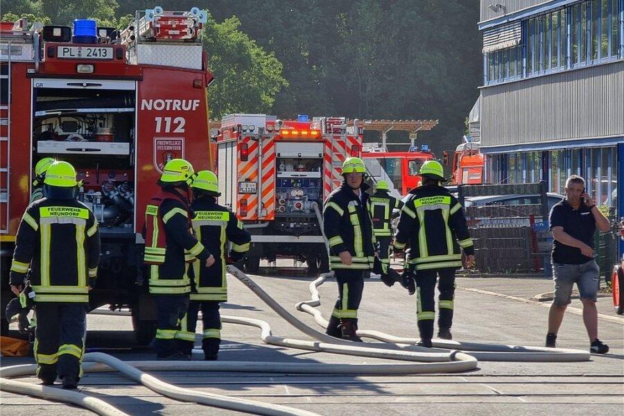 Einen Feuerwehreinsatz hat es am Montagabend auf dem Gelände der Firma Köstner Stahlzentrum in Plauen gegeben.