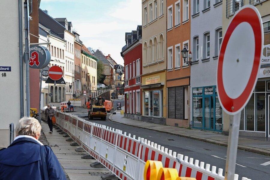 Nur für Fußgänger ist die Dresdner Straße noch offen.