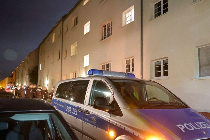 Tote Person und mehrere Verletzte im Chemnitzer Stadtteil Bernsdorf