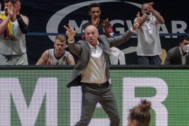 Niners-Trainer Rodrigo Pastore will, dass seine Mannschaft immer die bestmögliche Leistung abruft - auch nach dem erreichten Klassenerhalt. Dementsprechend engagiert coachte er zuletzt gegen Ulm.