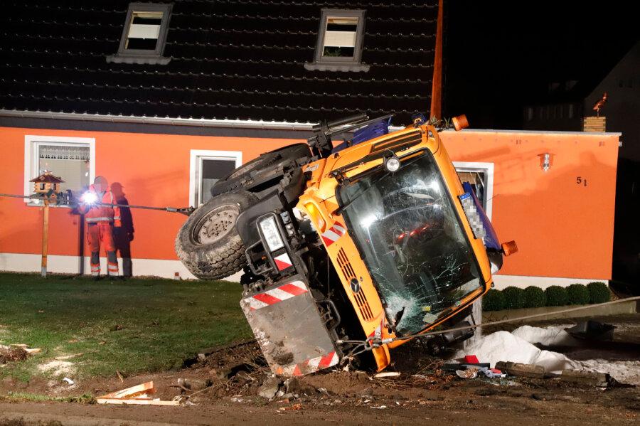Unfall: Fahrer mit 1,88 Promille im Winterdienst