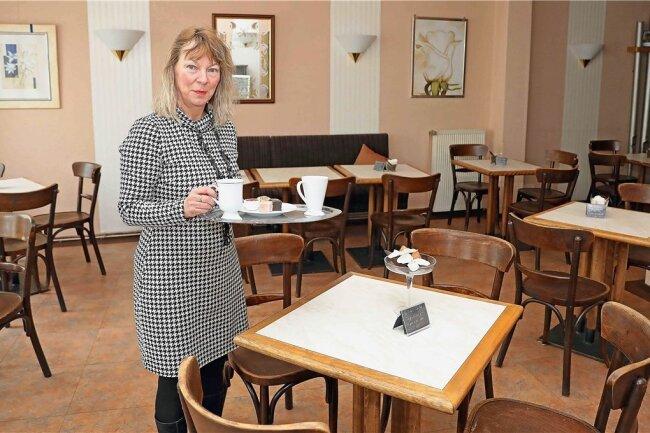Jeanette Hell übernimmt das Crimmitschauer Café Fritzsche. Unterstützung erhält sie von ihrem Lebenspartner Reinhard Klädtke.