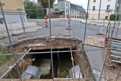 Auf einer Länge von 42 Metern muss der Überbau des unterirdischen Teils des Dittrichbachs erneuert werden - auch am Altmarkt.