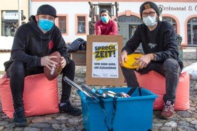 Fabian Ferber, Tobias Winkler und Tommy Kotzur (von links) vom Streetwork-Projekt der Diakonie.