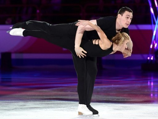 Das Paar läuft nun auch auf der Showbühne auf