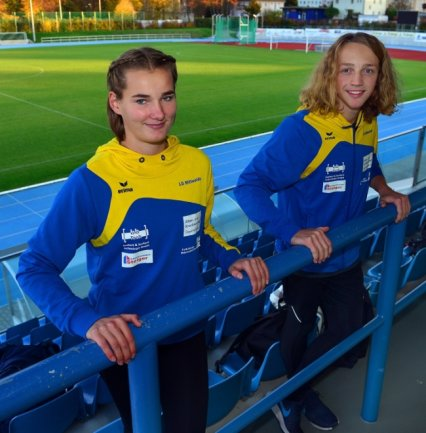 Die Leichtathleten Ulrike Schmidt (l.) und Niels Keutel sind mit Vereinskollegin Anne Weigold, die diese Woche ausgesetzt hatte, derzeit die einzigen Mittweidaer Sportler mit Trainingserlaubnis.
