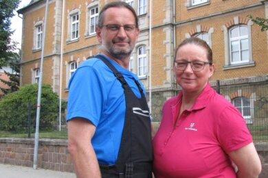 Michael und Mandy Band haben mit der Sanierung des einstigen Krankenhaus- und Schulgebäudes ein angespanntes Jahr hinter sich, das sie an Grenzen führte. Jetzt ist ein großer Teil der Arbeiten geschafft.