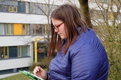 Nathalie Seidel aus Chemnitz am Abendgymnasium. Sie hat die Folgen des des monatelangen Online-Unterrichts selbst erlebt. Ehrenamtlich hilft sie Kindern bei den Hausaufgaben.