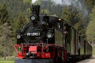 Die Preßnitztalbahn ist auch an allen Wochenenden im August zwischen Jöhstadt und Steinbach unterwegs.