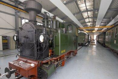 Die Lok 1K befindet sich zurzeit in der Werkstatt. Bei ihr sind unter anderem Arbeiten an den Radsätzen erforderlich, sagt Mario Böhme, Vorsitzender des Vereins Interessengemeinschaft Preßnitztalbahn.