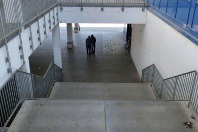 Trist: Die Treppe verbindet den oberen und den unteren Teil des Unicents miteinander. Sie gehört zu Edeka und soll beim Umbau weichen.