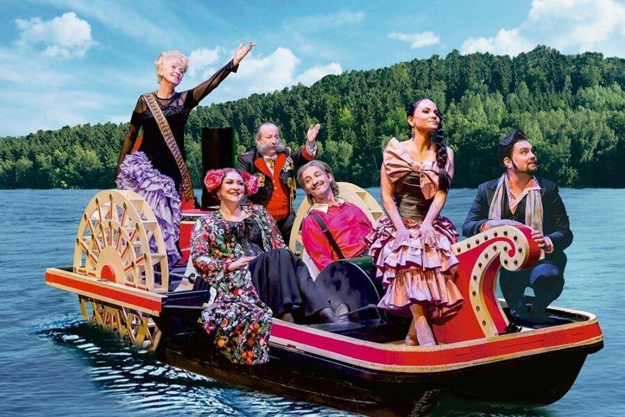 """""""Die Csárdásfürstin"""" soll ab 11. Juni auf der Seebühne Kriebstein zu erleben sein. Hier eine Fotomontage mit einigen Solisten."""