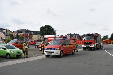 Etwa 40 Kameraden sind am Freitagnachmittag zu einer Übung bei Murrelektronik in Stollberg ausgerückt.