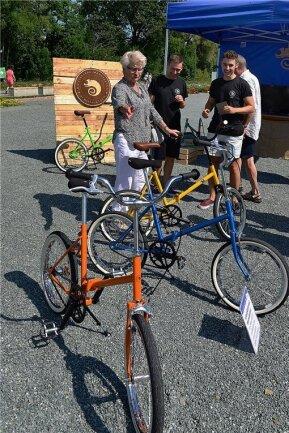 Bewegend: Die Macher der Klapprad-Manufaktur Mittweida zeigten beim Aktionstag, welche verschiedenen Modelle sie aus alten DDR-Klappfahrrädern herstellen können.
