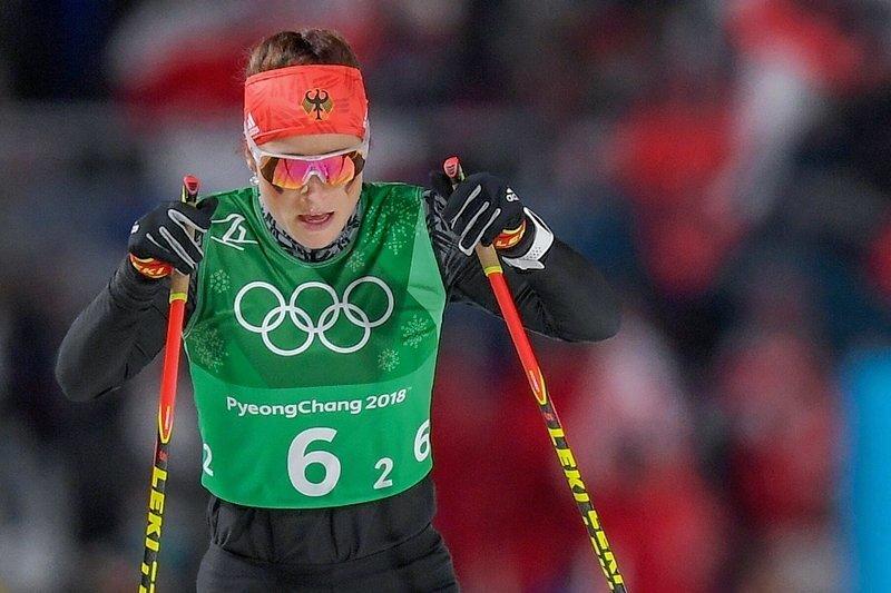 Katharina Hennig kam mit der 4x5-Kilometer-Staffel auf Rang sechs ein und erhielt von Trainer Janko Neuber ein Lob.