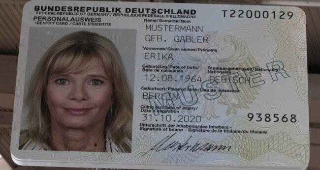 Gilt als Durchschnittsdeutsche: Erika Mustermann. Ihr Geburtsdatum wurde im Laufe der Zeit immer wieder verändert und angepasst. Ursprünglich feierte sie aber am 12. September Geburtstag.
