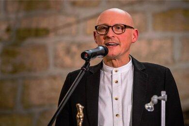 Der Autor Jörg Bernig im Mai zum neuen Kulturamtsleiter in Radebeul gewählt, was viel Kritik erntete. Unser Bild zeigt Bernig bei der Verleihung des Radebeuler Kunstpreises 2013.
