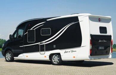 """<p class=""""artikelinhalt"""">Bürstner präsentiert auf der Messe sein Reisemobil Aero Van.</p>"""