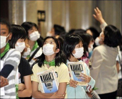 Nach der rasanten Zunahme von Erkrankungs-Fällen in aller Welt hat die WHO die Schweinegrippe zur Pandemie erklärt. Es ist das erste Mal seit 40 Jahren, dass die Weltgesundheitsorganisation für eine Grippe die höchste Alarmstufe sechs auslöst.