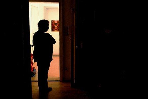 Nicht gezahlt, Licht weg: Schuldnerberater in Mittelsachsen kümmern sich um Betroffene.