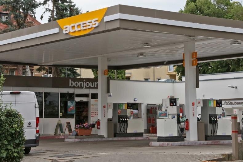 Am 28. März wurde die Access-Tankstelle an der Inneren Zwickauer Straße überfallen.