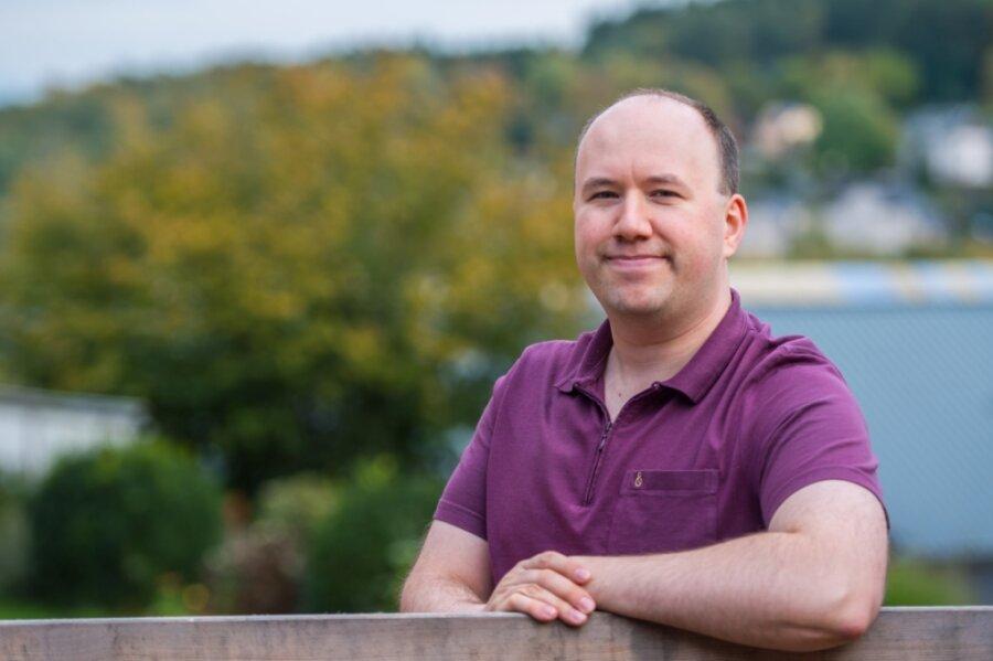 Christian Münch aus Ehrenfriedersdorf hat seine Ausbildung zum Elektroniker für Informations- und Telekommunikationssysteme bei der Thalheimer Firma Media Systems als Sachsenbester beendet.