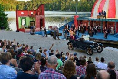 """Die Operette """"Frau Luna"""" lockte 2019 bei 18 Terminen gut 14.200 Gäste auf die Seebühne der Talsperre Kriebstein. Dieses Jahr fällt das große Stück """"Csárdásfürstin"""" aus."""