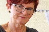 Ilona Stange versucht, jugendliche Straftäter über Aufsätze zur Vernunft zu bringen.
