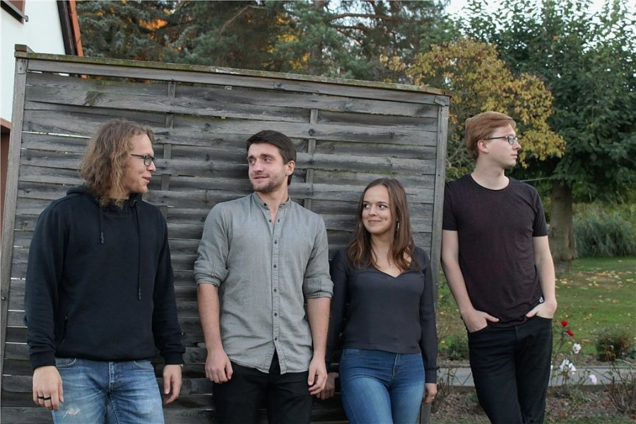 """Rock aus Plauen (von links): Markus Fischer, Richard Hammig, Theresa Seidel und Felix Hormig sind """"Lyra""""."""
