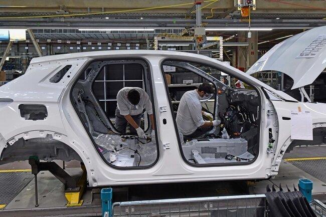 Die Opelaner fertigen derzeit nur noch den Grandland X in Eisenach. Ende 2019 waren dort noch 1400 Mitarbeiter beschäftigt.