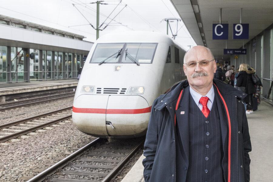 """Hartmut Dreßler hat den Wettbewerb """"Eisenbahner mit Herz"""" gewonnen."""