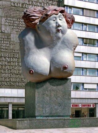 Madam statt Marx - eine Idee fürs Monument.